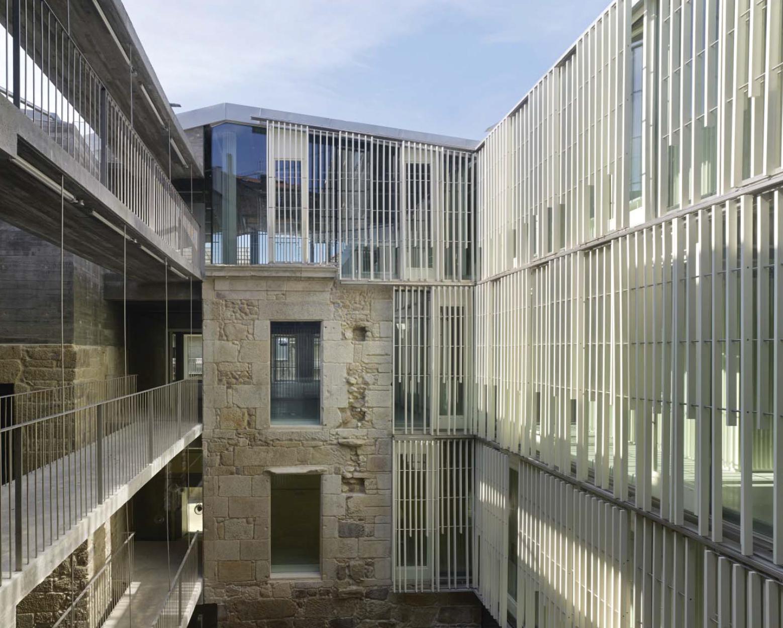 XIII-BEAU - España - Premiado - Rehabilitación de cuatro edificios para Sede de los Registros de la Propiedad en Vigo